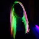 Un look originale con spray colorante per capelli
